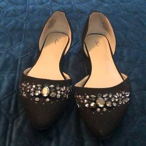 Size 8.5 Simply Vera black sparkly flat